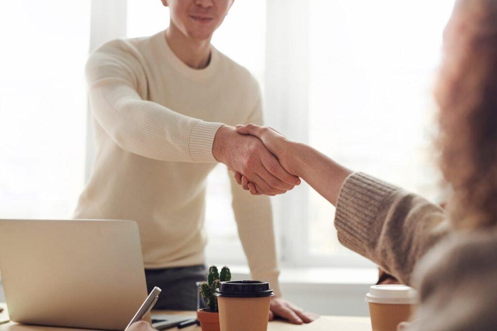 Handshake Airbnb Co Hosting